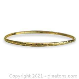 Nice Bangle Bracelet in 10kt Yellow Gold