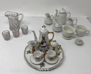 Child's Tea Set Lot