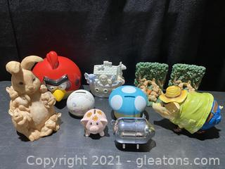 Fun Piggy Bank and Bookend Lot
