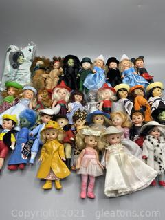 Lot of Madame Alexander Dolls From McDonald's Happy Meals