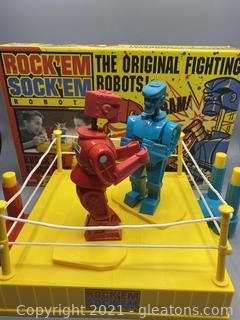 Vintage Rock Em Sock Em Fighting Robots Boxing Game