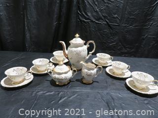 Charming Schumann Arzberg Bavarian Tea Set for 6