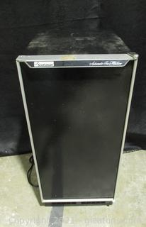 Scotsman Stand Alone Ice Maker Model # DCE33A-1BC
