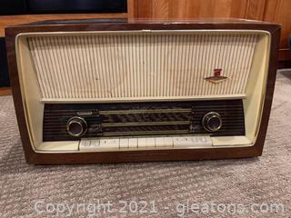 Parsifal Stereo Radio