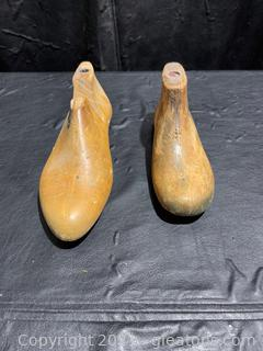 Solid Wood Shoe Horns (Lot of 2)