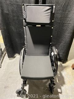 Invacare 9000XT Recliner Wheelchair