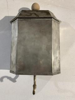 18th Century French Lavabo in Pewter
