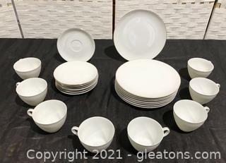 Timeless Lipper & Mann 3pc. Dish Set-Service for 8