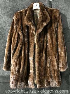 Luxurious Henig Fur Coat
