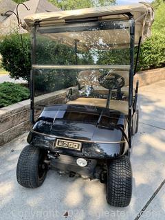 E-Z-GO Textron Electric Cart Golf - Good Condition