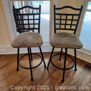 Nice Pair of Counter Height Metal Frame Swivel Stools