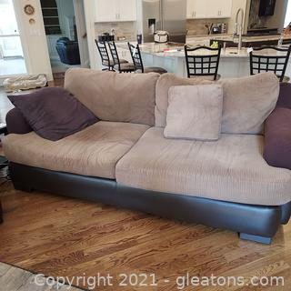 Comfy 3 Person Sofa –Great for College Student