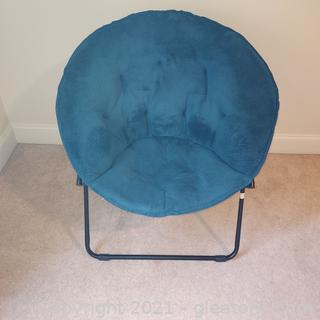 Foldable Plush Saucer Chair