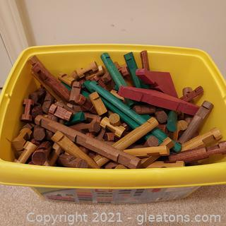 Let's Build with Lincoln Logs