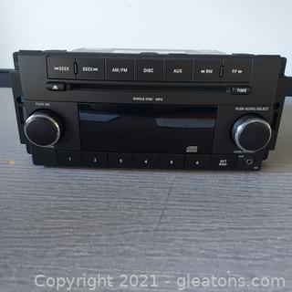 Diamler Chrysler In Dash Stereo System
