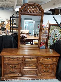 Thomasville Dresser with mirror 1975