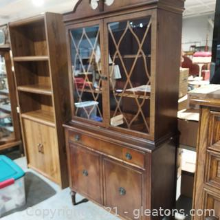 Single Drawer Glass Front China Cabinet