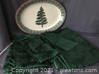 Two green table cloths, two napkins and platter made in Italy