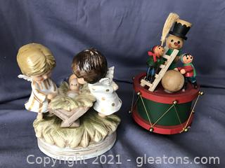 Two vintage music boxes,