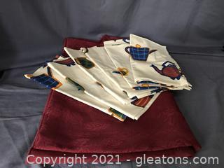 Table cloth and 4 napkins