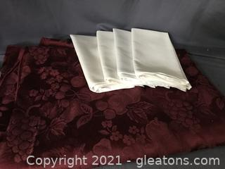Fruit design table cloth with 4 napkins