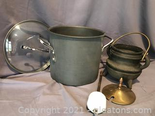 8 quart Stock Pot with lid, cast iron oil container for log starting
