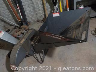 Craftsman Gas Powered Shredder/Chipper