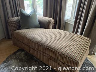 Luxurious Side Armed Striped Chase