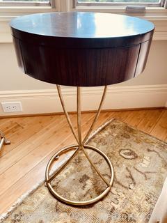 Hickory Circular Pedestal Side Table