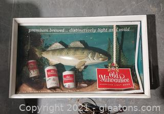 1963 Old Milwaukee Beer Fish 3D Style Non Motion Lighted Sign