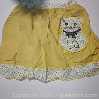 Neat Vintage Apron Lot 10 Aprons (see pictures for rest of aprons)