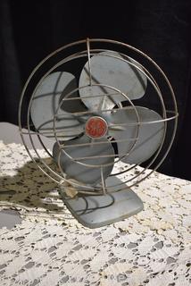 GE Mid Century Oscillating Fan