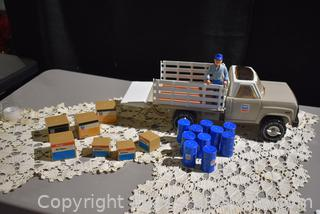 Tonka 1982 Chevron Stake Delivery Truck with Accessories and Driver