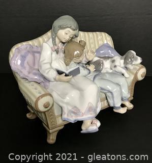 "LLADRÓ Porcelain Figurine ""Big Sister"" (5735) with Box"