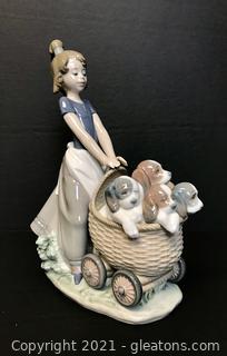 "LLADRÓ Porcelain Figurine ""Litter of Fun"" (5364)"