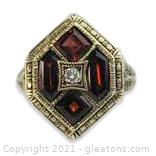Gorgeous Garnet and Diamond Ring in 14kt Gold