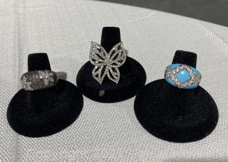 Set of Charming Silver Rings
