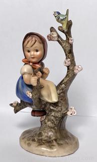 Hummel 141: Apple Tree Girl