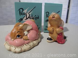 2 Pendelfin Rabbits