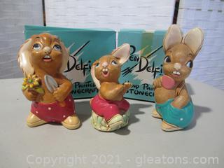 3 Pendelfin Rabbits
