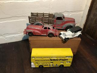 Lot of Die Cast Cars Hubley, Dinky, Manoil, Mojorete