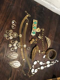 Great Lot of Vintage Jewelry Miriam Haskell, Trafrai, Monet, 14kt hoops