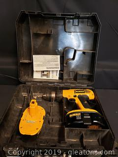 Dewalt 18v x RP Cordless Drill With Extra Battery And Case