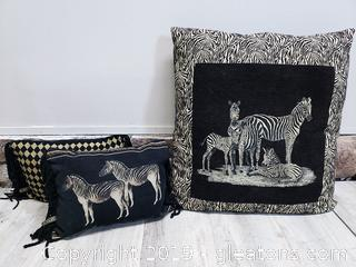 Borgata Accent Pillow Set