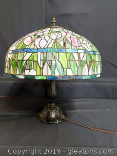 Tiffany Style Tulip Table Lamp