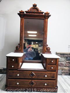Victorian Gentlemen's Dresser