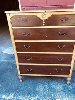 1930's Chest of Drawers.