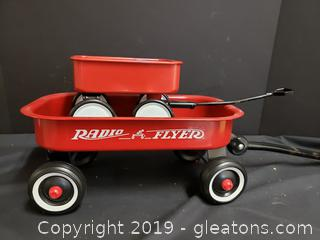 Set Of Miniature Red Wagons/Toys Radio Flyer