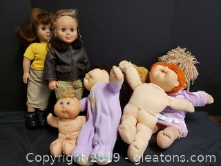 Box Lot Of Vintage Dolls Battat Dolls Cabbage Patch American Girl