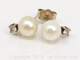 14k Gold Diamond & Pearl Earrings